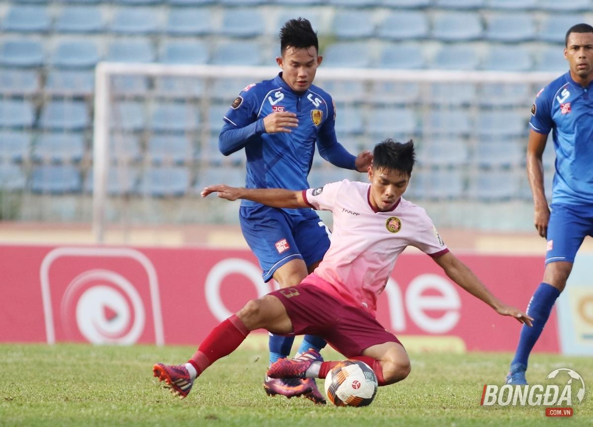 Vi hành sân Tam Kỳ, HLV Park Hang-seo chấm thêm một tuyển thủ cho U23 Việt Nam? - Bóng Đá
