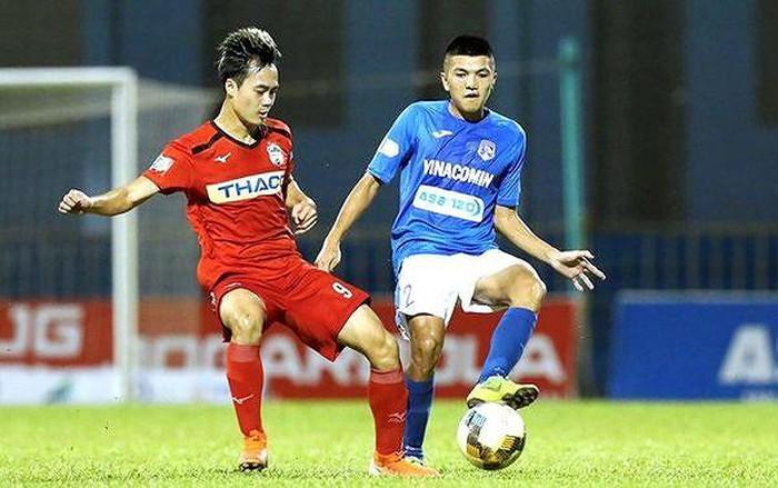 HAGL thua thảm, tuyển thủ U23 Việt Nam bị HLV Lee Tae Hoon