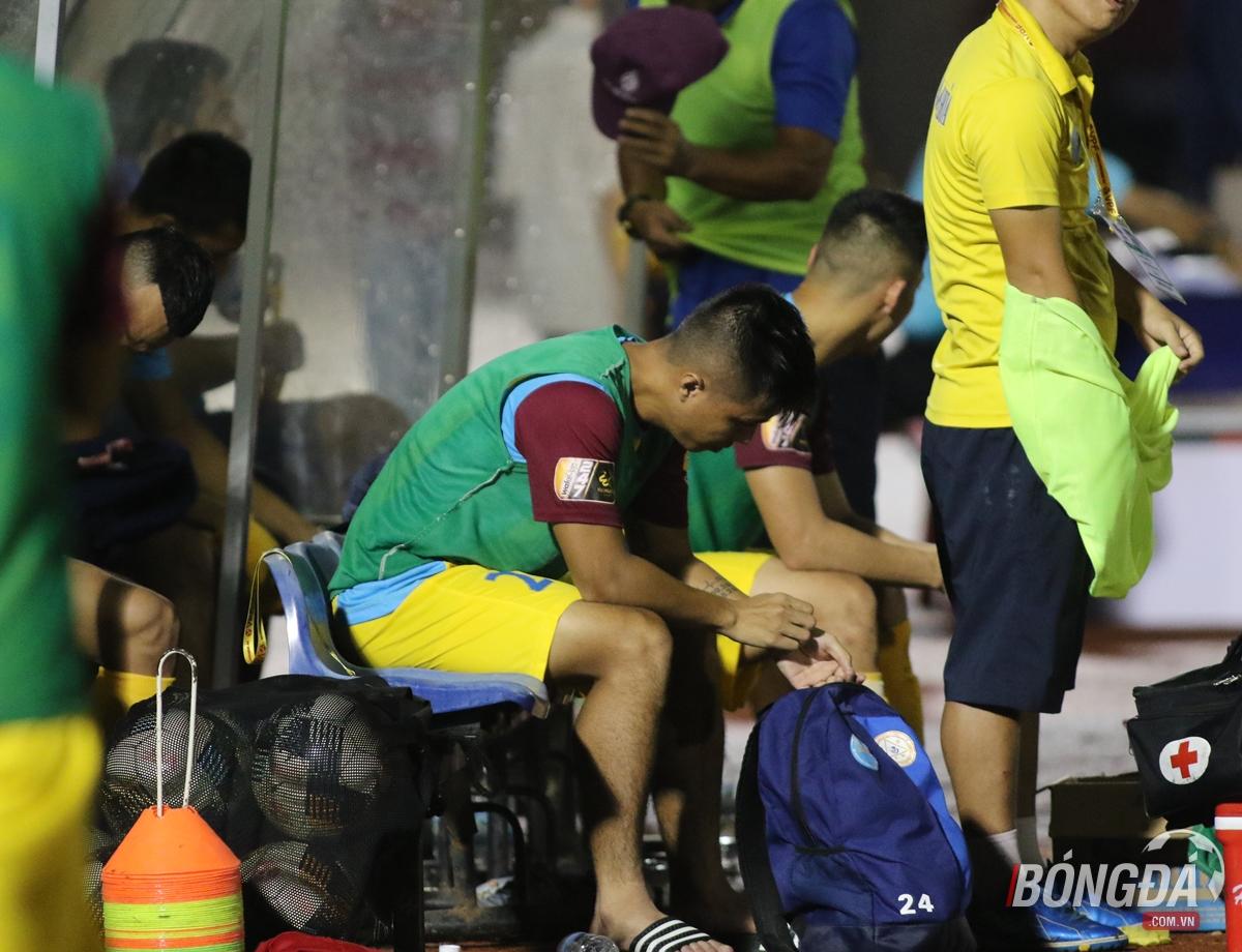 Khánh Hòa trông chờ HAGL thất bại trước SHB Đà Nẵng để nuôi hy vọng trụ hạng - Bóng Đá