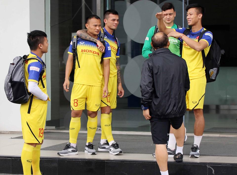 Điểm tin bóng đá Việt Nam tối 03/09: Văn Hậu giúpSC Heerenveen tạo ra hiệu ứng khó tin - Bóng Đá