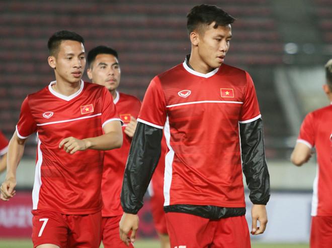 Xác định mức độ chấn thương của Quế Ngọc Hải, bỏ ngỏ khả năng đấu Malaysia - Bóng Đá
