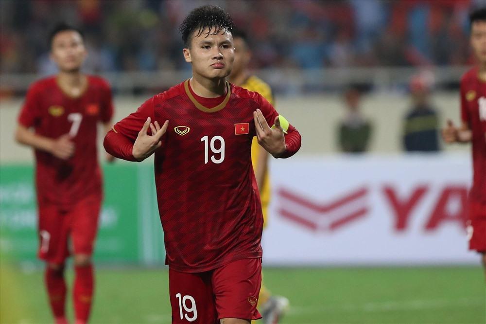 Văn Lâm và cầu thủ Hà Nội hội quân: HLV Park Hang-seo lại phải tính toán! - Bóng Đá