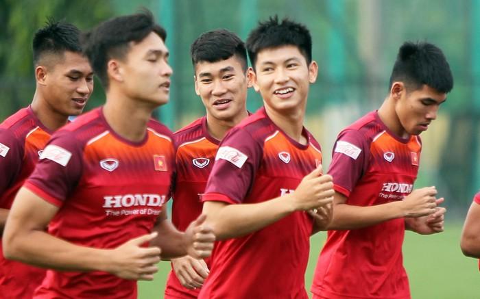 Điểm tin bóng đá Việt Nam tối 05/10: Trọng Hùng hay hơn Phan Văn Đức - Bóng Đá