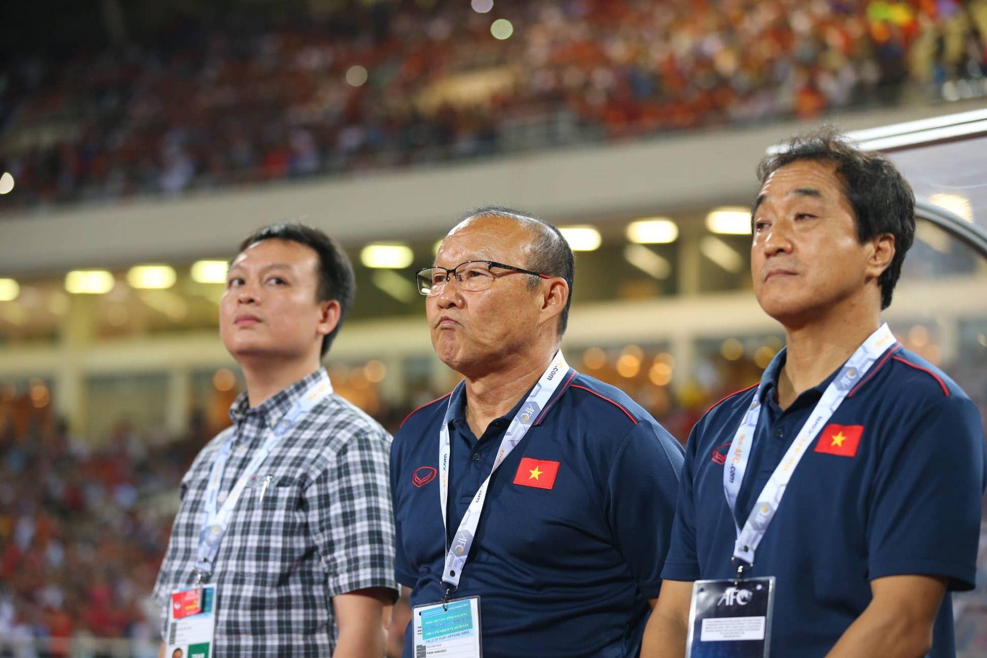 Cựu bác sỹ ĐT Hàn Quốc chỉ ra lý do giúp HLV Park Hang-seo sẽ tiếp tục thành công ở Việt Nam - Bóng Đá