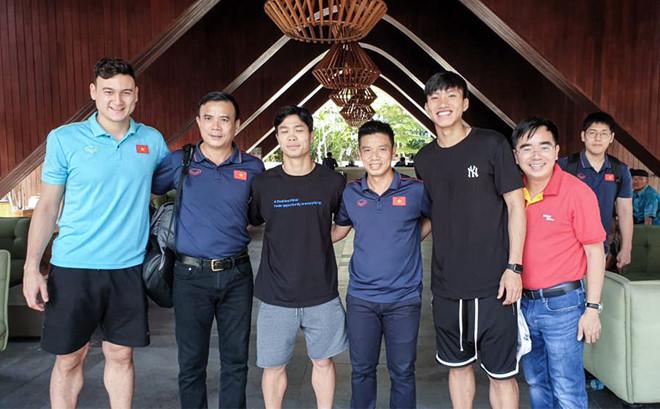 Hoàn thành nhiệm vụ cùng ĐT Việt Nam, Văn Hậu hào hứng khi trở lại SC Heerenveen - Bóng Đá