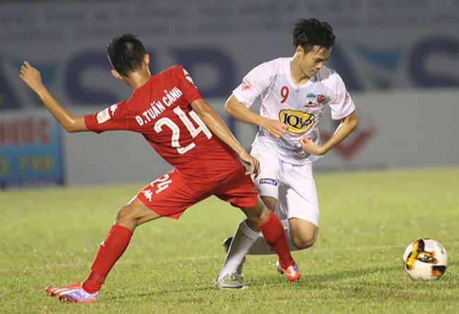 V-League trở lại: Nóng bỏng cuộc đua trụ hạng; HAGL vẫn chưa an toàn - Bóng Đá