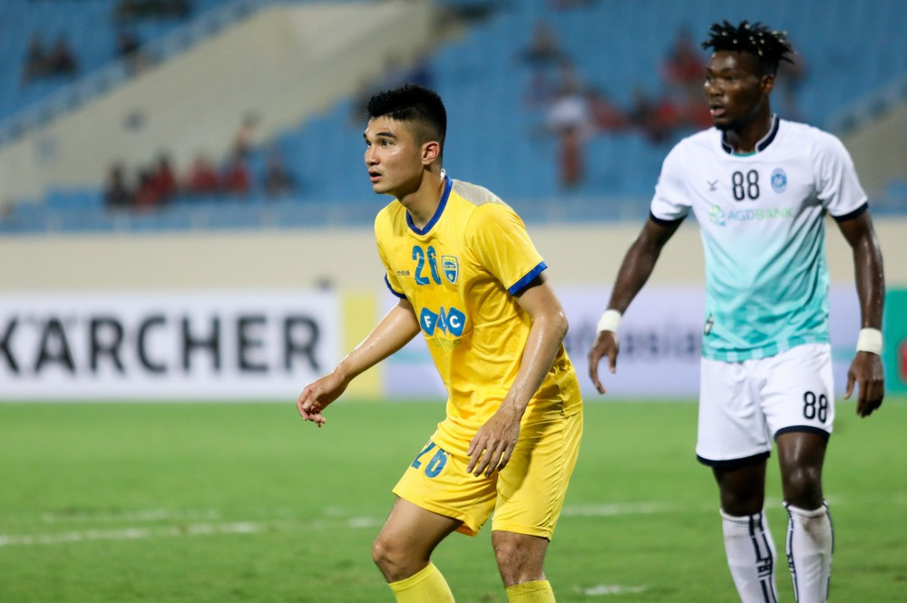 Tân binh ĐT Việt Nam được HLV Park Hang-seo gọi lên đấu UAE có gì đặc biệt? - Bóng Đá