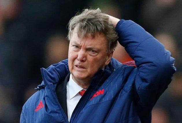 Cech cảnh báo Arsenal không bước vào vết xe đổ của MU - Bóng Đá