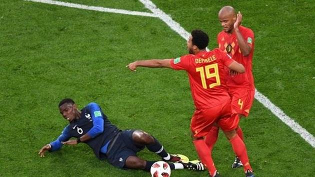 Didier Deschamps và 'sự hi sinh' làm nên lịch sử - Bóng Đá