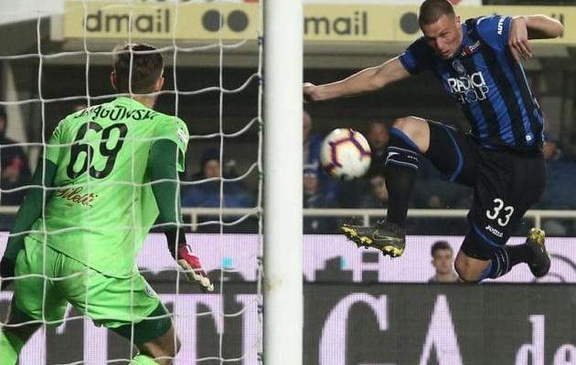 Đến cả huyền thoại Buffon còn không làm được điều này ở Serie A trong 14 năm qua - Bóng Đá
