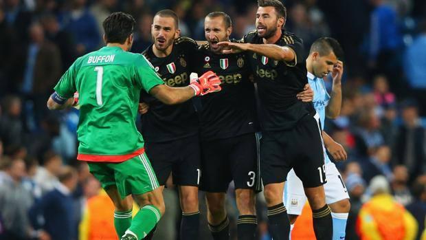 Barzagli chia tay Juventus: Khi 300 nghìn Euro mua được một hậu vệ đẳng cấp - Bóng Đá