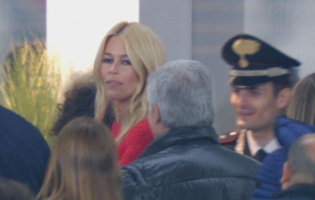 Cựu hoa hậu Ý và siêu mẫu huyền thoại xuất hiện ở Derby Turin - Bóng Đá