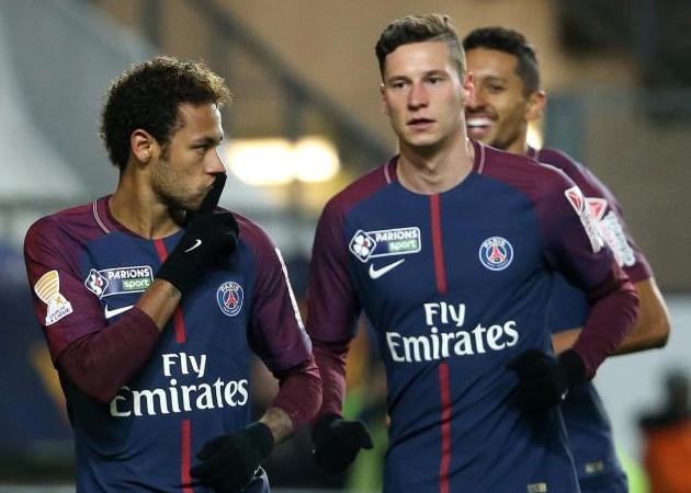 Phòng thay đồ PSG có biến: Neymar và Draxler nói chuyện...bằng tay chân - Bóng Đá