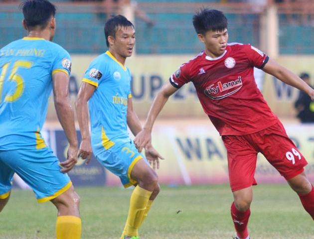 Đòi lại ngôi đầu từ ĐKVĐ Hà Nội: TPHCM đã bắt đầu mơ vô địch - Bóng Đá
