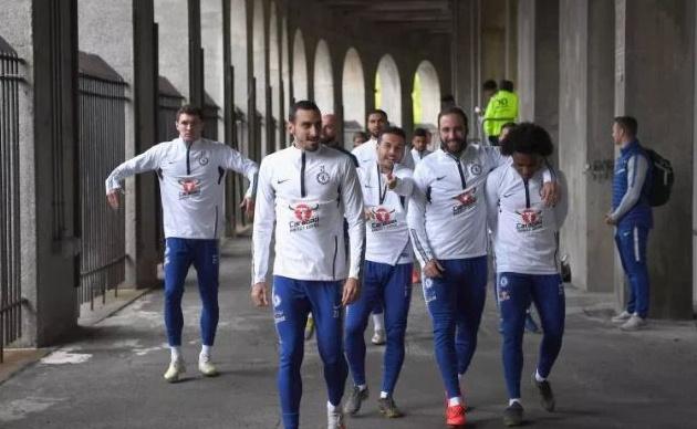 Chelsea train at Harvard University ahead of post-season friendly as Giroud and Azpilicueta reveal favourite goals for club - Bóng Đá