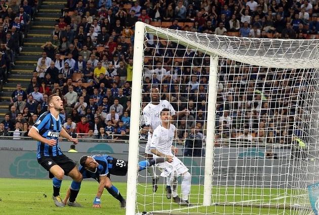 Nước mắt Empoli, nụ cười Inter trong đêm điên rồi ở Giuseppe Meazza - Bóng Đá