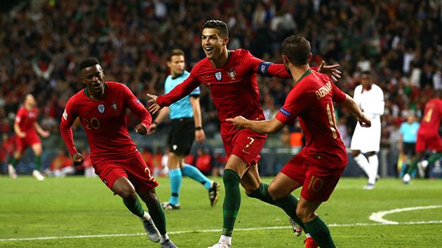 Lập hattrick vào lưới Thụy Sĩ, Ronaldo nói lời thật lòng - Bóng Đá