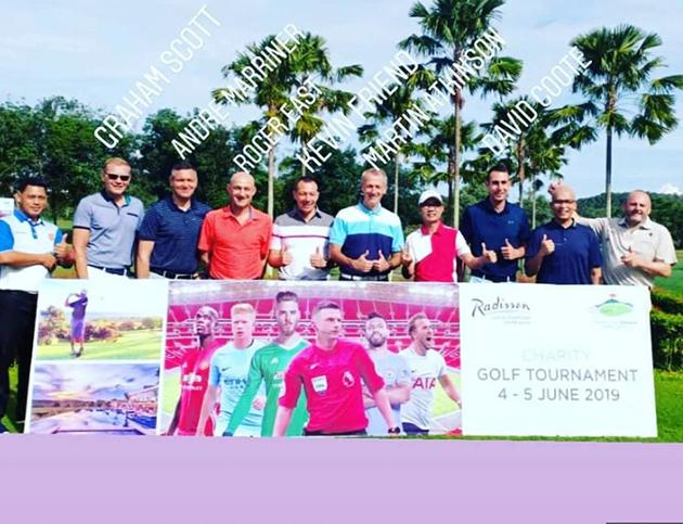 Sốc: 4 trọng tài ở Ngoại hạng Anh 'ăn vụng' ở Indonesia. - Bóng Đá