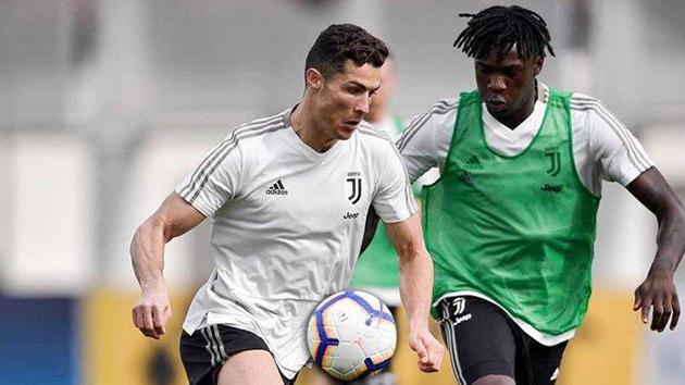 XONG! Moise Kean chốt tương lai tại Juventus - Bóng Đá