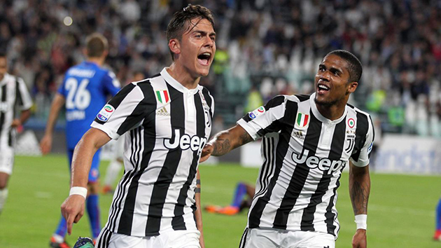 Sarri deals a blow to Man Utd by saying he wants to build around Dybala and Douglas Costa - Bóng Đá
