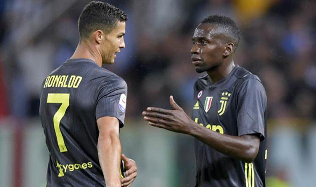 Ảnh Đồng đội Cristiano Ronaldo vui cười trong ngày tập trung - Bóng Đá