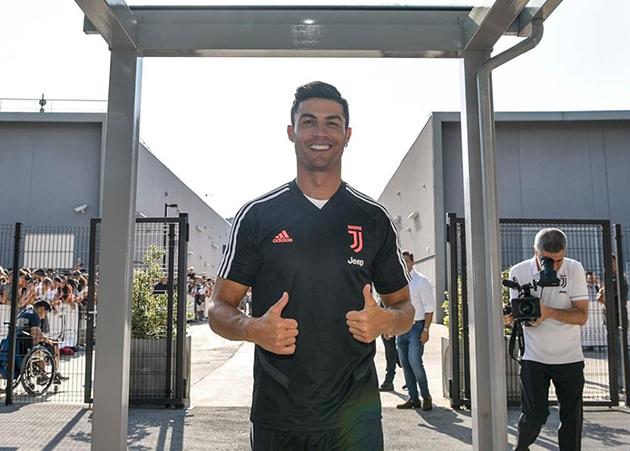 Juventus tập trung đợt 2: Ronaldo có mặt - Bóng Đá