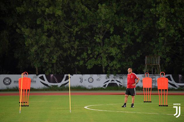 ẢNH: Đóng cửa luyện công, Juventus chờ đại chiến với 'người cũ' - Bóng Đá