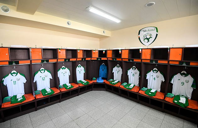 Đè bẹp CH Ireland, đàn em Cristiano Ronaldo kiêu hãnh vào chung kết - Bóng Đá