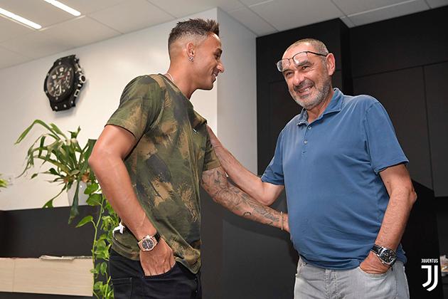 Cựu hậu vệ Real Madrid nhận 'gạch đá' khi đến Juventus - Bóng Đá