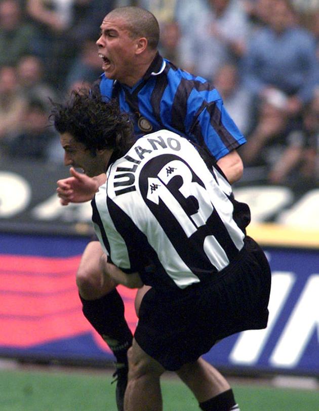 Bị ăn gạch, Danilo 'liều lĩnh' làm một việc khó tin ở Juventus - Bóng Đá