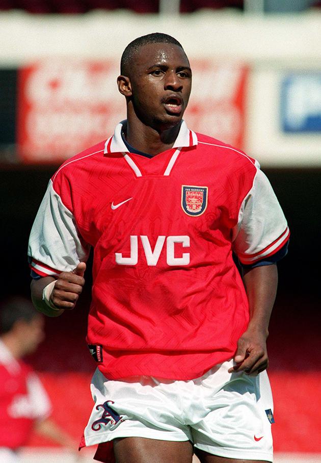 ẢNH: Ngày này năm xưa, Arsenal đón một huyền thoại (Vieira) - Bóng Đá