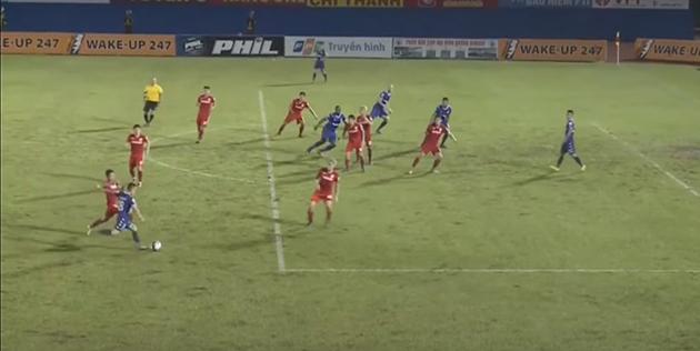 V-League 2019 bắt đầu 'nóng' vì trọng tài ở những vòng cuối - Bóng Đá