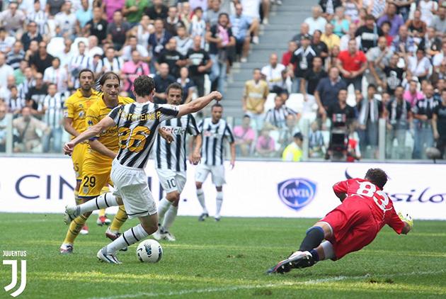 Khai màn gặp Parma, CĐV Juventus nhớ về kỷ niệm đẹp 8 năm trước - Bóng Đá