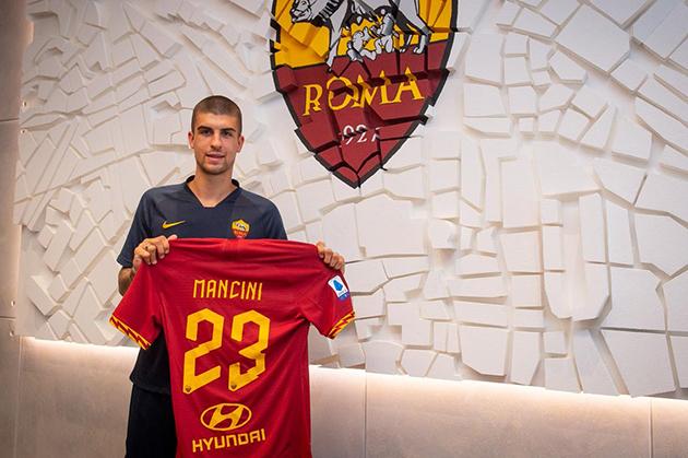 Đón cựu hậu vệ Chelsea, hàng hậu vệ AS Roma dần được định hình - Bóng Đá