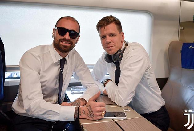 ảnh Xuất hiện siêu ngầu, dàn sao Juventus sẵn sàng cho ngày mở màn Serie A - Bóng Đá