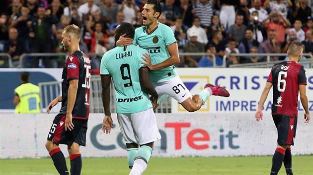 Inter ultras defend Cagliari fans - Bóng Đá