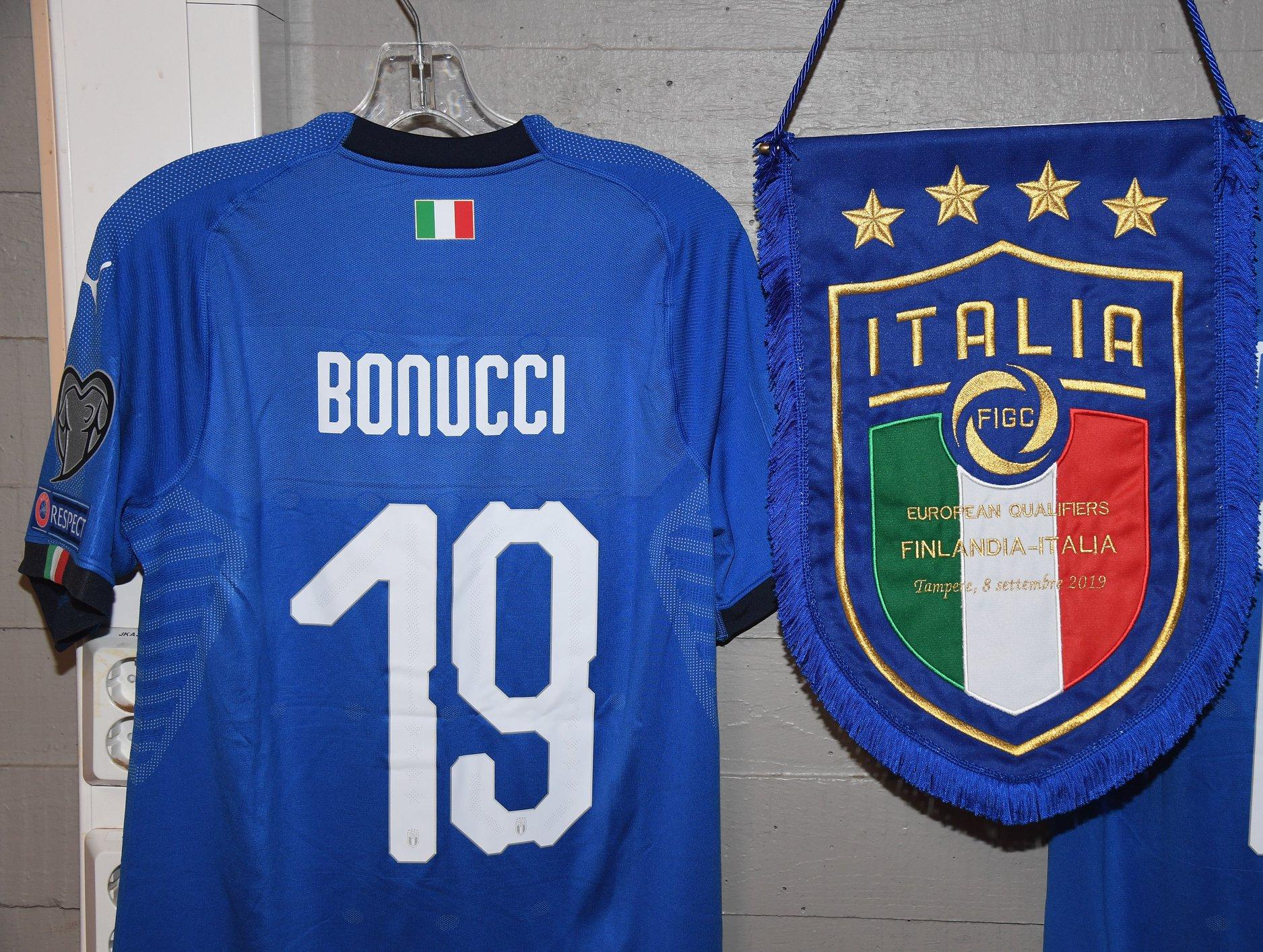 Leonardo Bonucci đi vào lịch sử Azzurri - Bóng Đá