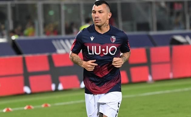 Người khiến Messi 'tắt điện' ra mắt tại Bologna - Bóng Đá