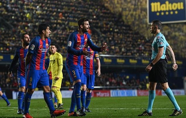 Pique chỉ trích chủ tịch La Liga - Bóng Đá