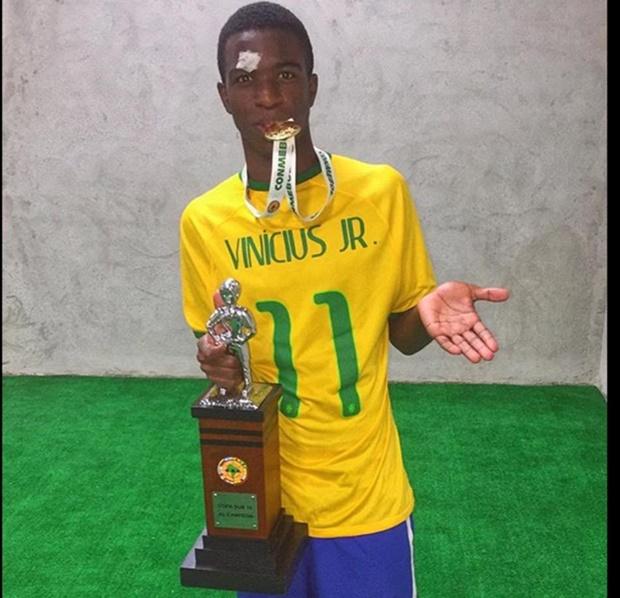 Các ông lớn châu Âu phát sốt vì 'Neymar mới'