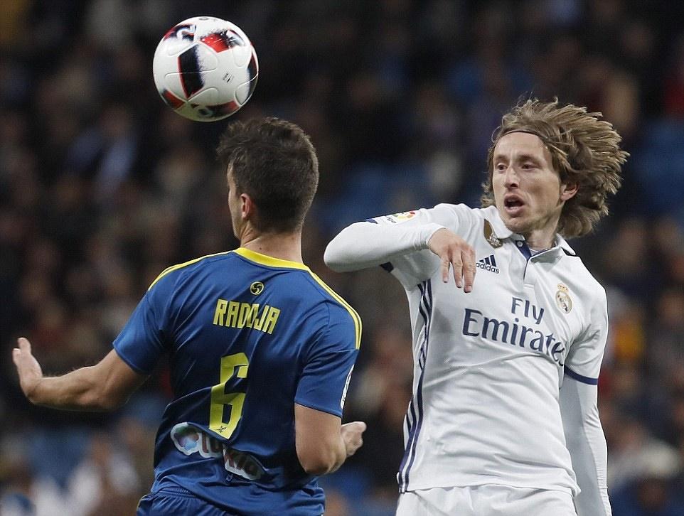 Khủng hoảng, Real tiếp tục nhận thất bại trước Celta trên sân nhà