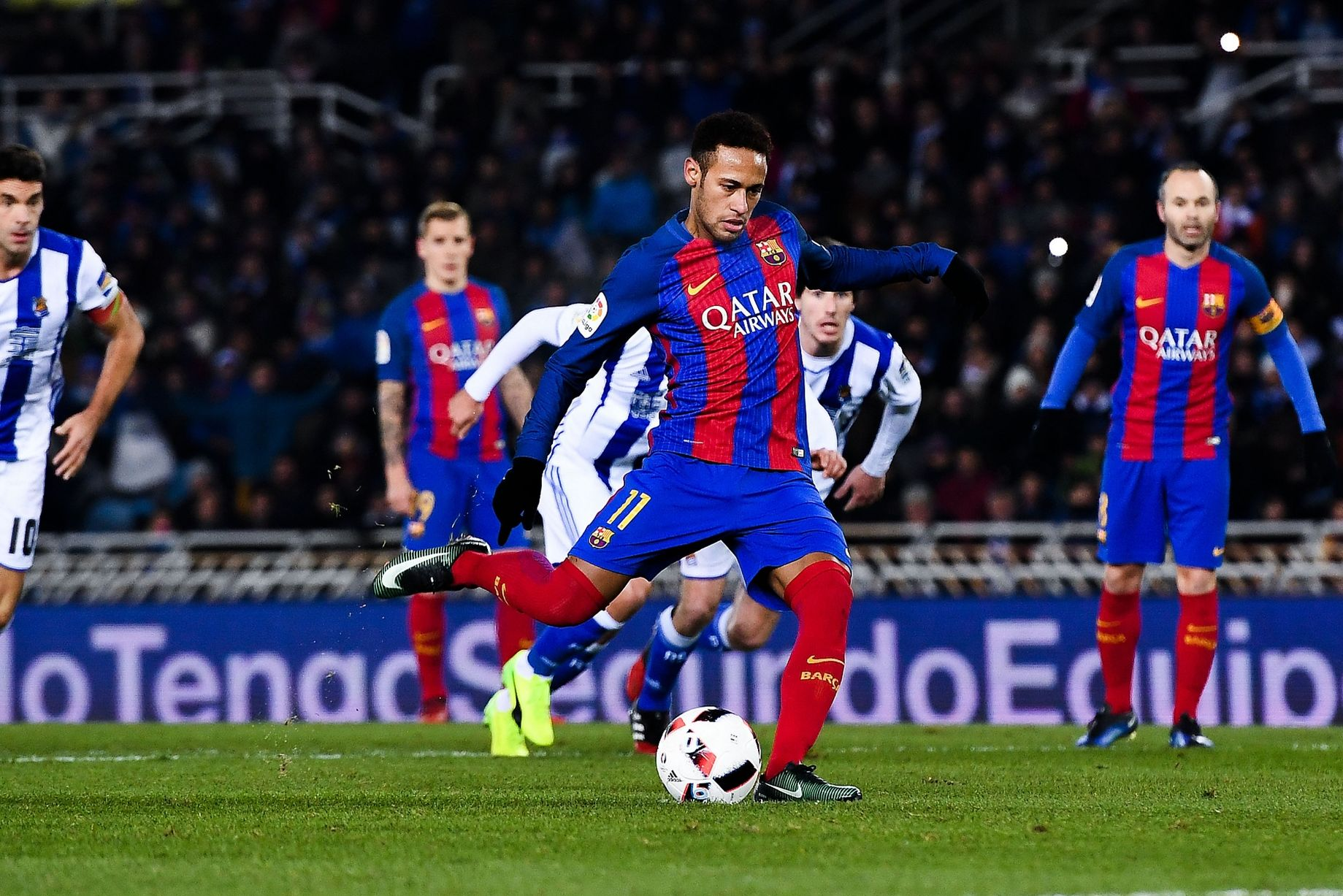 5 điểm nhấn Real Sociedad 0-1 Barca: Khi 'lời nguyền' được phá bỏ