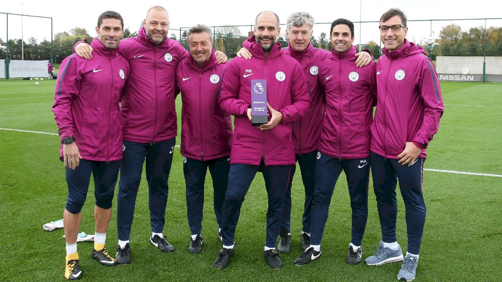 Pep Guardiola đoạt giải HLV của tháng - Bóng Đá