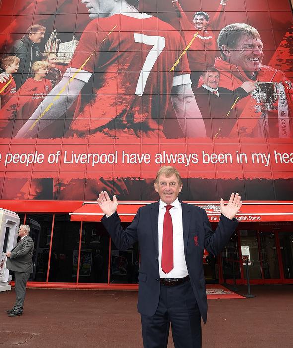 Kenny Daglish được vinh danh ở Liverpool - Bóng Đá
