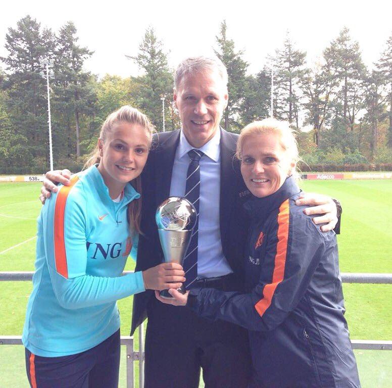 Lieke Martens - nữ cầu thủ xuất sắc nhất năm - Bóng Đá