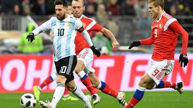 Kun Aguero nổ súng, Argentina nhọc nhằn đánh bại chủ nhà World Cup 2018 - Bóng Đá