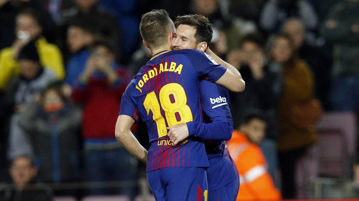 """Messi """"quẩy"""" tưng bừng, Barca vùi dập """"khắc tinh"""" bằng một bàn tay nhỏ"""