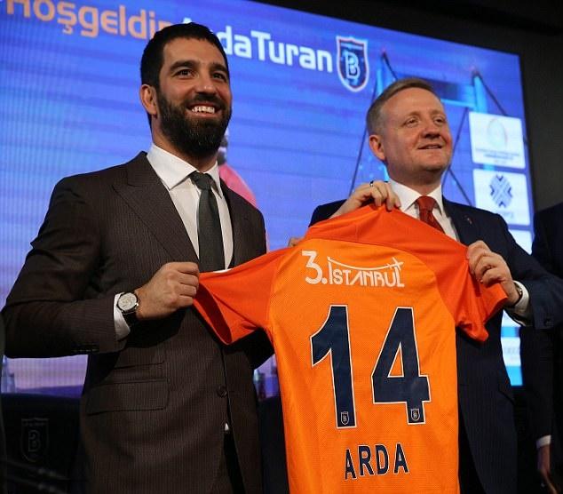 Arda Turan ký hợp đồng và tập luyện với CLB mới - Bóng Đá