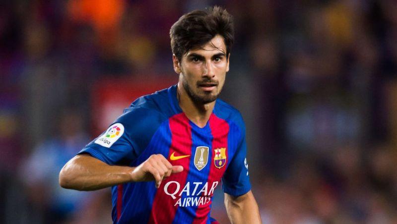 4 cầu thủ thay thế Iniesta trong trận chiến với Chelsea - Bóng Đá