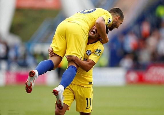 TRỰC TIẾP Huddersfield 0-3 Chelsea: Pedro lốp bóng đẳng cấp (Hiệp hai) - Bóng Đá